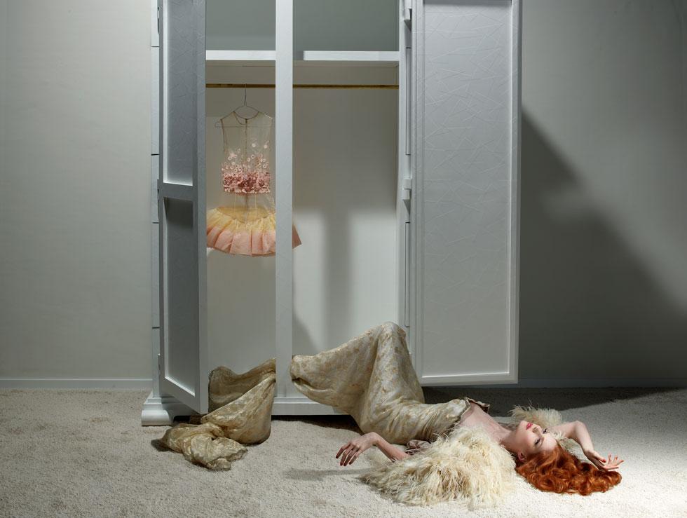 Closet-Case-moooi